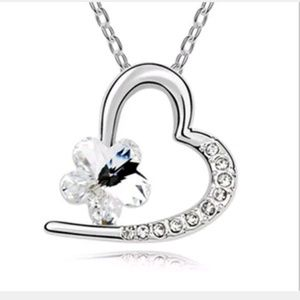 Jewelry - Silver Plated White Crystal Heart Pendant Jewelry